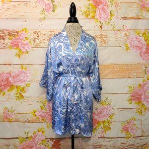 Victoria's Secret Silky Kimono Robe